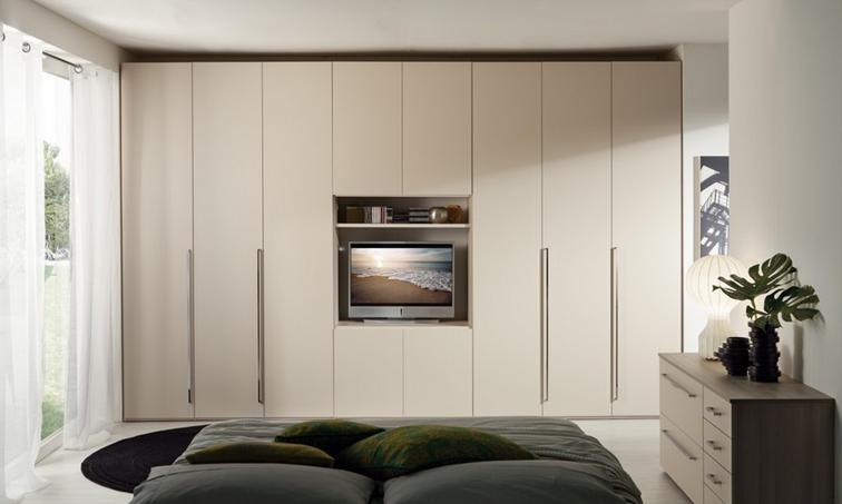 Armadio Con Vano Tv Mondo Convenienza.Armadi In Stile Moderno Torino Sumisura Fabbrica Arredamenti