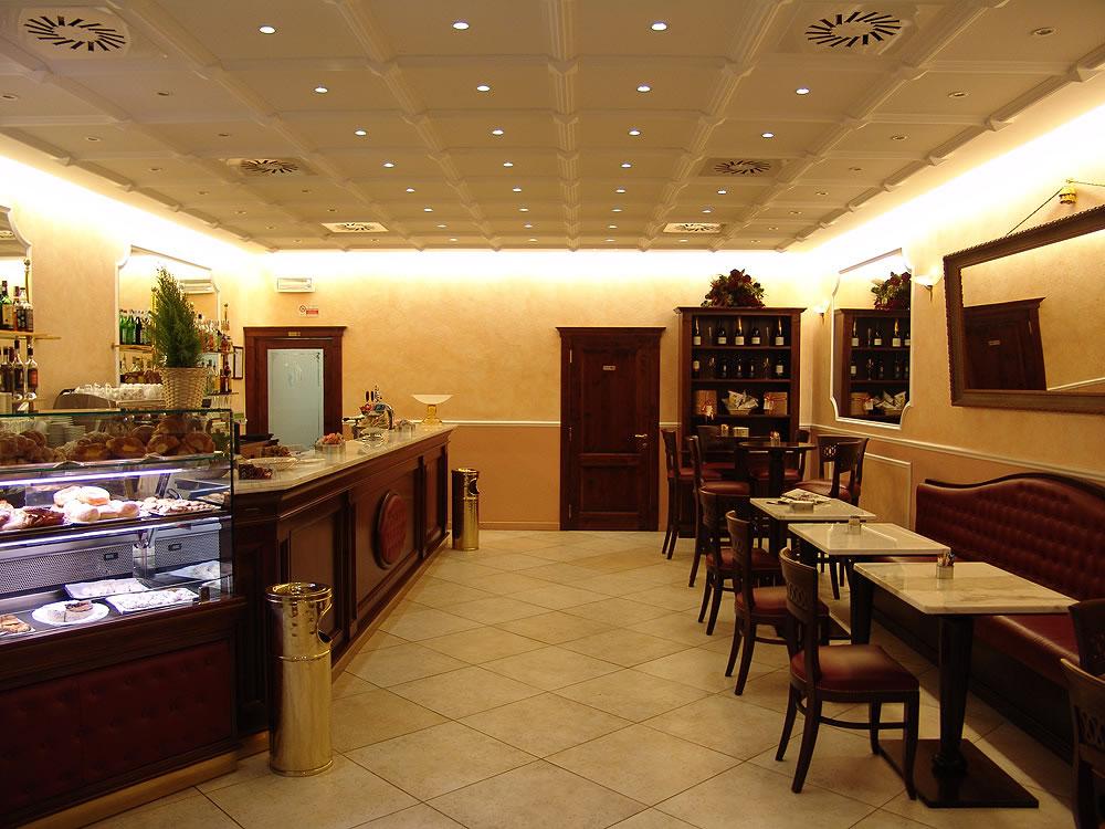 Arredo bar e negozi torino arredamenti sumisura for Arredamenti bar torino
